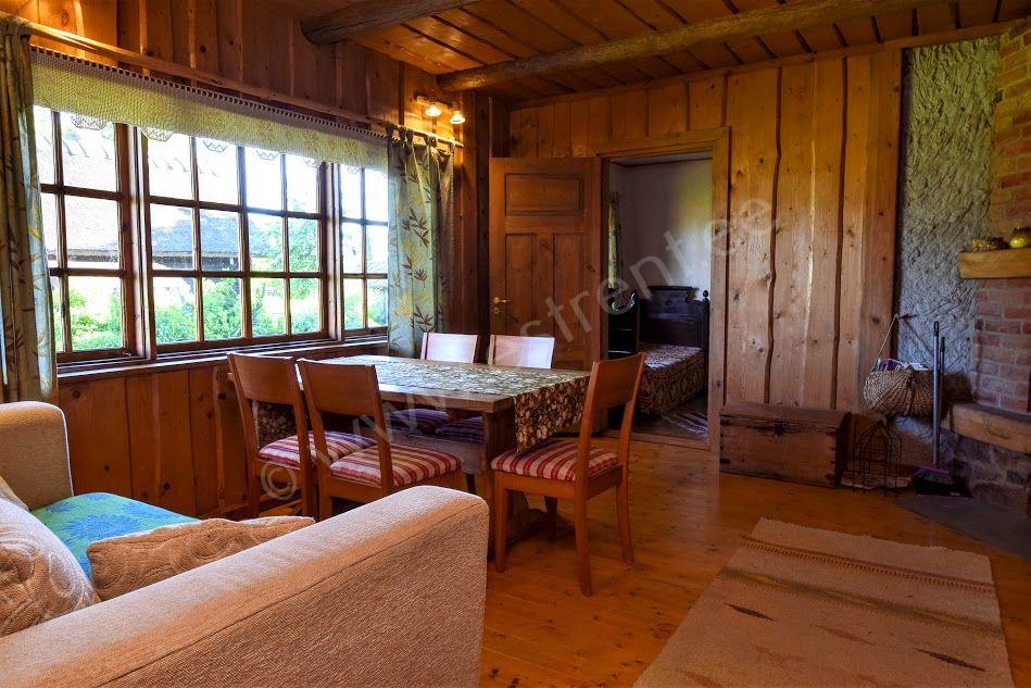 Gesamtplan (120 M2): Wohnzimmer, 4 Schlafzimmer, Küche, Badezimmer /  Duschraum, Toilette, Sauna (im Separaten Haus). Im Haus Gibt Es 2 Stockwerke